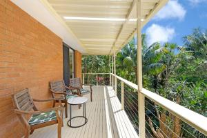A balcony or terrace at Flynns Beach Retreat