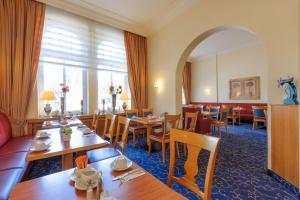 Ein Restaurant oder anderes Speiselokal in der Unterkunft Mercure Hotel Luebeck City Center