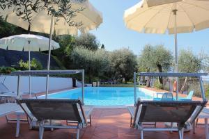 The swimming pool at or close to Hotel Villa Tiziana