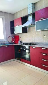 A kitchen or kitchenette at immoholida2