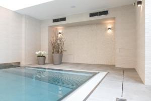 Bazén v ubytování penzion rustico s.r.o. nebo v jeho okolí
