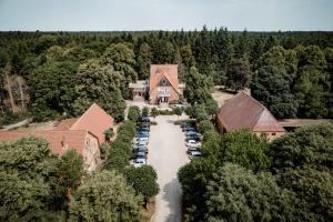 Blick auf Hotel Waldhof auf Herrenland aus der Vogelperspektive