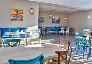 A restaurant or other place to eat at Topola Skies Resort & Aquapark - All Inclusive