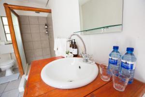 A bathroom at Ngama Tented Safari Lodge