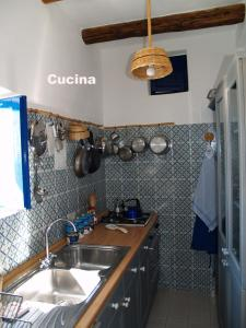 A kitchen or kitchenette at Casa Ibiscus Resort