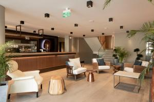 The lounge or bar area at Cap d'Perge Hotel - Adult Only +18