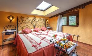 Cama o camas de una habitación en Hotel Rural Los Angeles en Las Hurdes