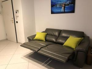 A seating area at Appartamento Flagaia