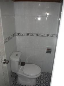 A bathroom at Tree House Hostel