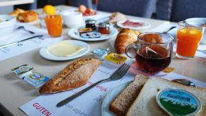 Breakfast options available to guests at Aero 44 BW Signature Collection