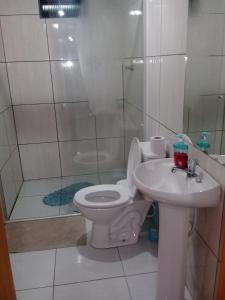 A bathroom at Pousada Bela Vista
