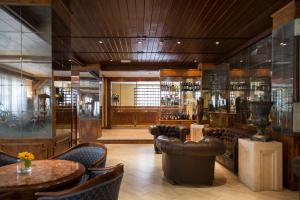 The lounge or bar area at Grand Hotel del Parco