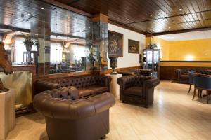 The lobby or reception area at Grand Hotel del Parco