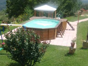 The swimming pool at or near Casa Vacanze Santa Cristina