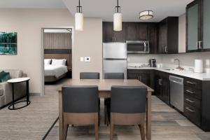 A kitchen or kitchenette at Residence Inn By Marriott Bend