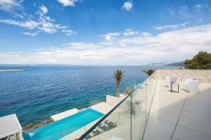 Pogled na bazen u objektu Villa Palma ili u blizini