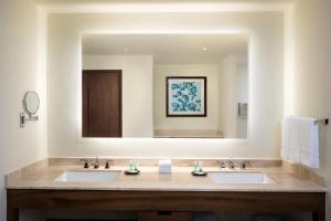 A bathroom at Westin Puntacana Resort & Club