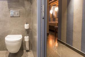 A bathroom at Hotel Tiziano