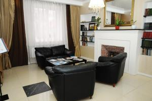 A seating area at Hotel Goncharov