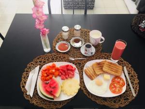 Opciones de desayuno disponibles en Casa La Caridad Apartment