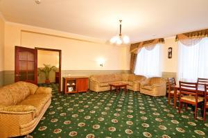 Гостиная зона в Отель Партнер