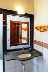 A bathroom at Pousada Do Rio Mutum