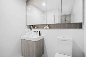 A bathroom at No 5 Rockpool 69 Ave Sawtell