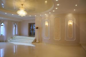 The lobby or reception area at Kseniya Hotel