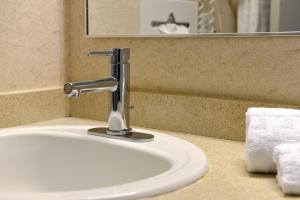 A bathroom at Best Western Kirkwood Inn