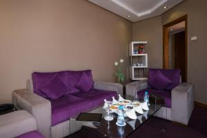 A seating area at Belere Hotel Rabat