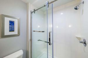 A bathroom at Comfort Inn & Suites Oklahoma City near Bricktown