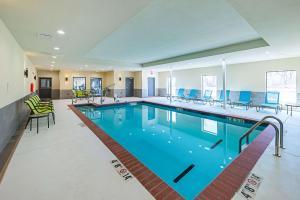 The swimming pool at or near Comfort Inn & Suites Oklahoma City near Bricktown