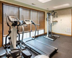 The fitness center and/or fitness facilities at Quality Inn South Hill I-85