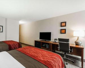 A television and/or entertainment center at Comfort Inn Denver East