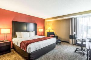 Letto o letti in una camera di Comfort Inn O'Hare - Convention Center