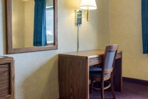 A television and/or entertainment center at Rodeway Inn Wahpeton