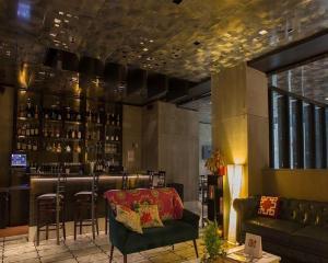 Лаундж или бар в The Paul Hotel NYC-Chelsea, Ascend Hotel Collection