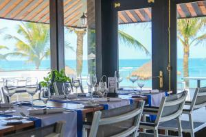 Melia Danang Beach Resortにあるレストランまたは飲食店