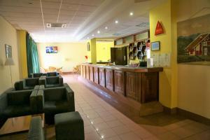 The lobby or reception area at INATEL Santa Maria Da Feira
