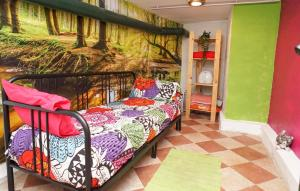 A bunk bed or bunk beds in a room at Casa Gatos