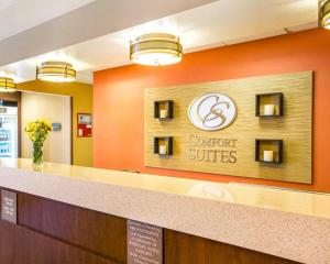 The lobby or reception area at Comfort Suites Clovis