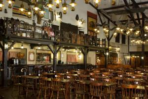 A restaurant or other place to eat at Disney's Hotel Cheyenne®