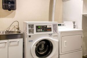 A kitchen or kitchenette at Comfort Inn Airport Dorval