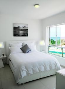 Cama ou camas em um quarto em Piscadera Harbour Village