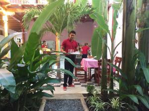Un restaurante o sitio para comer en Hotel La Polvora