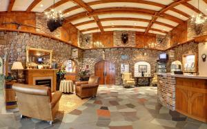 The lobby or reception area at Old Orchard Inn Resort and Spa