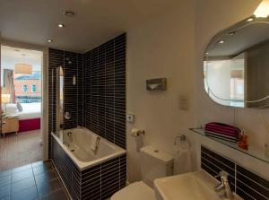 A bathroom at PREMIER SUITES Liverpool