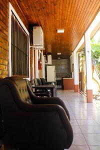 A seating area at Hospedaje Jose Gorgues