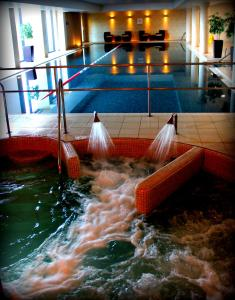 The swimming pool at or near Bicester Hotel, Golf & Spa