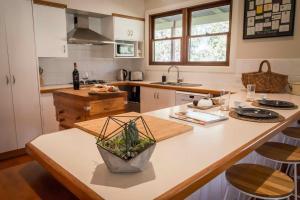 A kitchen or kitchenette at Bernstein Estate